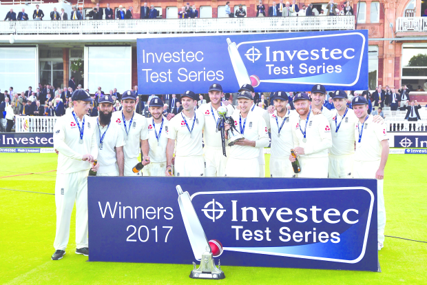 Anderson stars as England win to wrap up series
