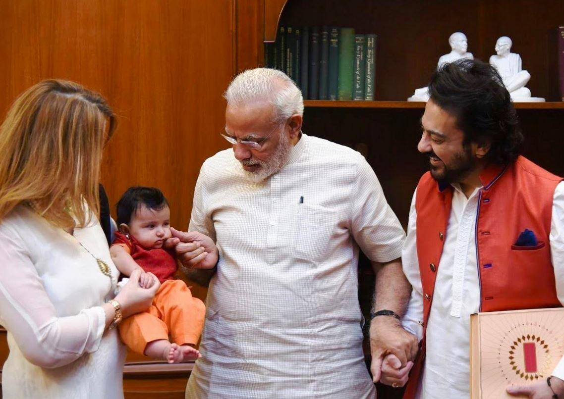 Adorable photos of Indian PM Modi playing with singer Adnan Sami's daughter