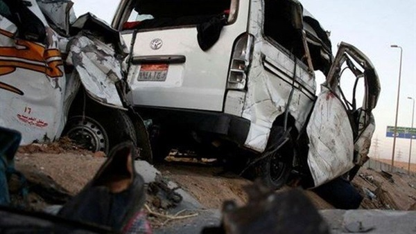 Fifteen killed in truck-minibus collision in Egypt