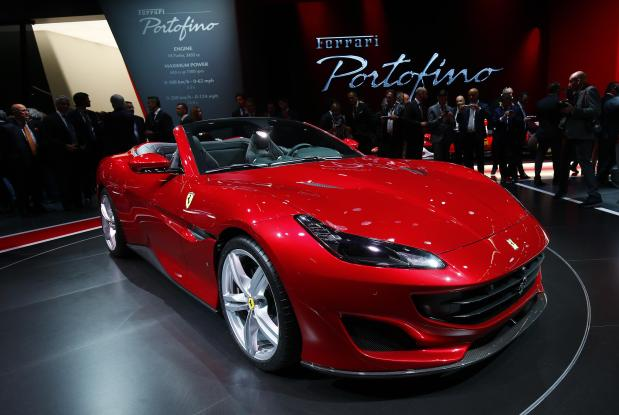 Ferrari, Lamborghini say no plans yet to develop all-electric cars