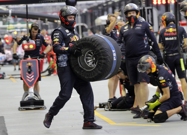 Singapore secures Formula One future until 2021