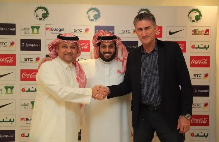 Saudi signs Argentinean Bauza as new football team manager