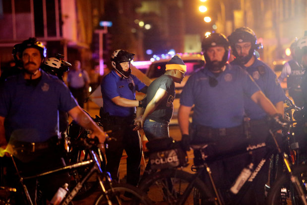 US: Dozens arrested as St. Louis readies for more protests