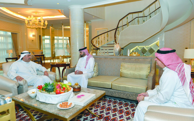 Bahrain's Juwana goes down fighting