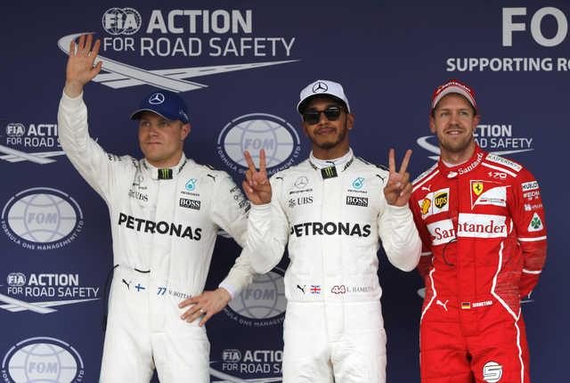 Dominant Hamilton seizes pole for Japanese Grand Prix