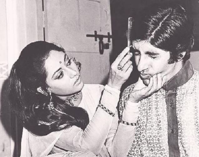 Amitabh Bachchan at 76: These vintage photos offer a glimpse into his off-screen persona