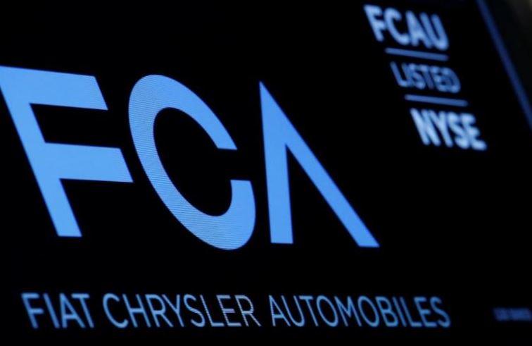Fiat Chrysler recalls 470,000 vehicles for restraint defect