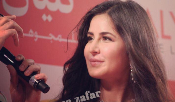 Bollywood: Photos: Katrina Kaif sparkles as she inaugurates jewellery stores in UAE