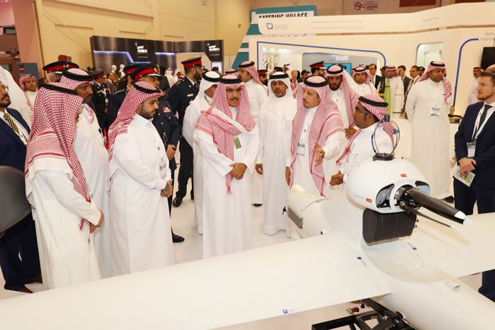 Interior Minister hails BDF's efficiency and expertise at defence expo