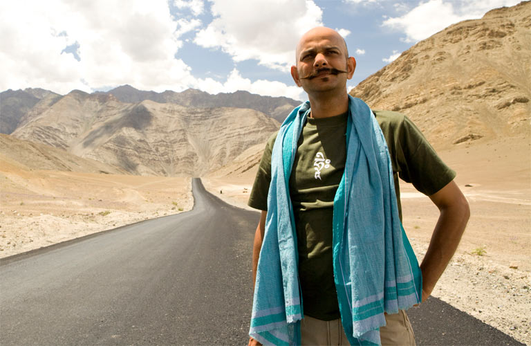 Acharya: Can't be a fanboy on sets while directing Aamir, Big B