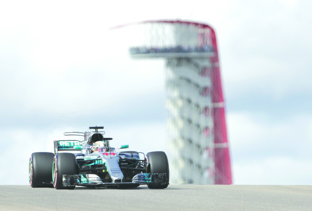 Hamilton storms to pole position for US race