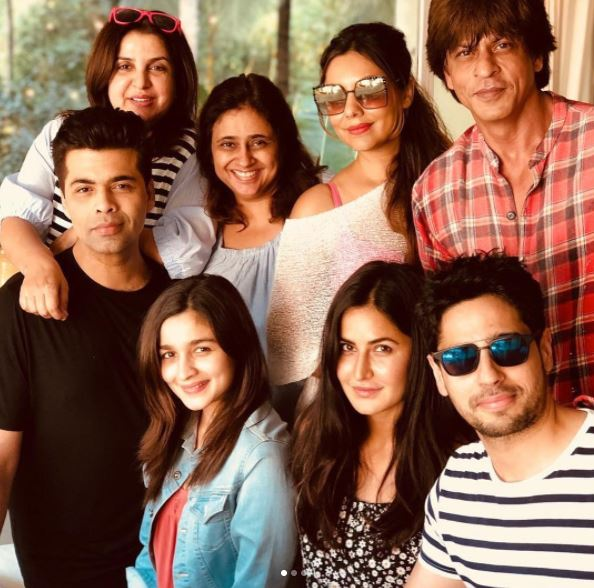 Bollywood: Inside Shah Rukh Khan's birthday party: Deepika, Alia, Suhana dazzle