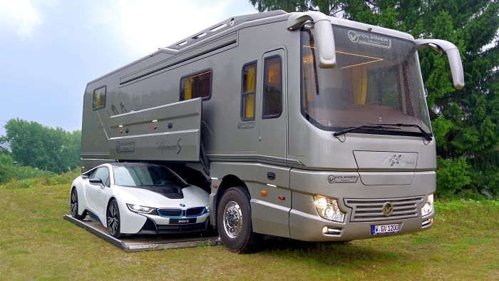 FASCINATING images reveal interior of luxurious $1.7 million motor home!