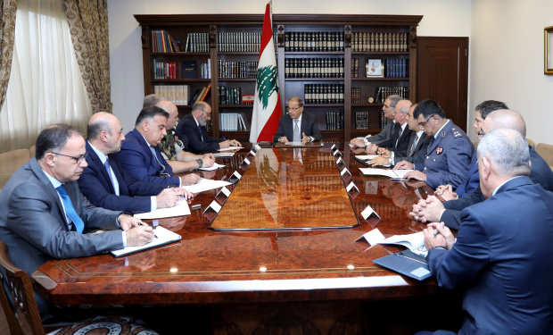 Lebanon seeks 'stability' after shock Hariri resignation