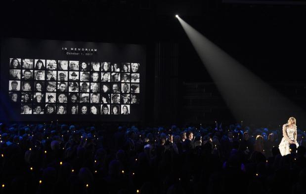 Hollywood: PHOTOS: Tribute to Las Vegas victims marks CMA Awards as Brooks wins top award