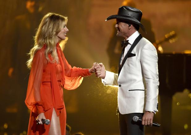 PHOTOS: Tribute to Las Vegas victims marks CMA Awards as Brooks wins top award