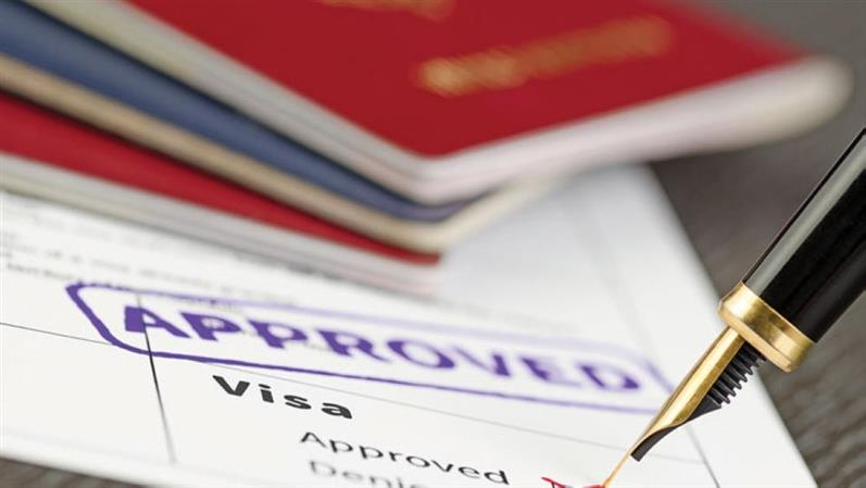 Oman eases visa curbs for visitors from more countries