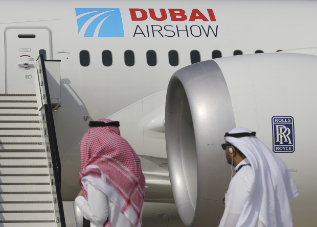 Dubai Air Show opens with Emirates' $15.1 billion Boeing buy