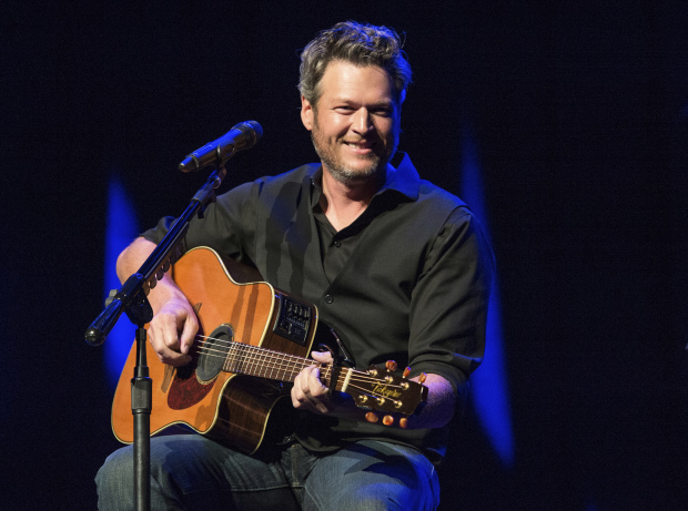 People names Blake Shelton its Sexiest Man Alive 2017