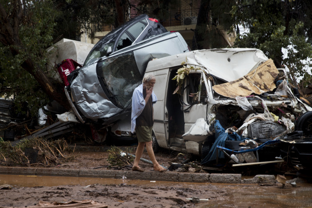 Flash floods on Athens outskirts leave at least 14 dead