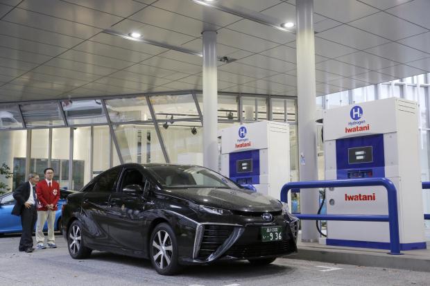 Amid global electric-car buzz, Toyota bullish on hydrogen