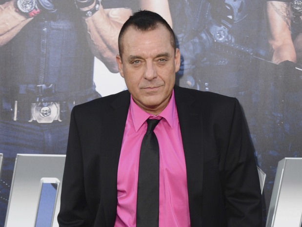 Actor Tom Sizemore denies groping allegations