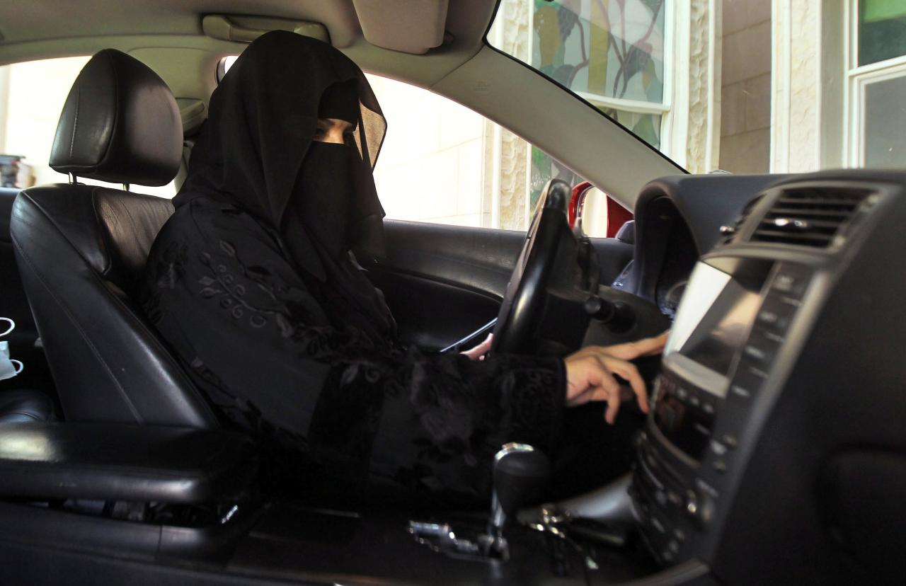 Saudi driving schools for women to be operational from March