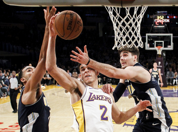 Lonzo Ball has triple-double as Lakers top Nuggets 127-109