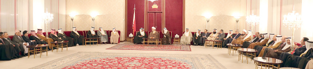 Deputy King His Royal Highness Prince Salman bin Hamad Al Khalifa yesterday held his weekly Majlis at Riffa Palace. Royal Family members, senior government officials, members of parliament, Shura Council and municipal councils, religious and community leaders, journalists and diplomats attended.