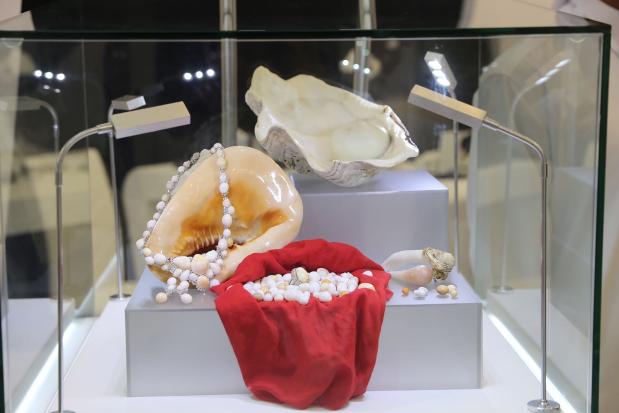 Revival bid adds lustre to pearls