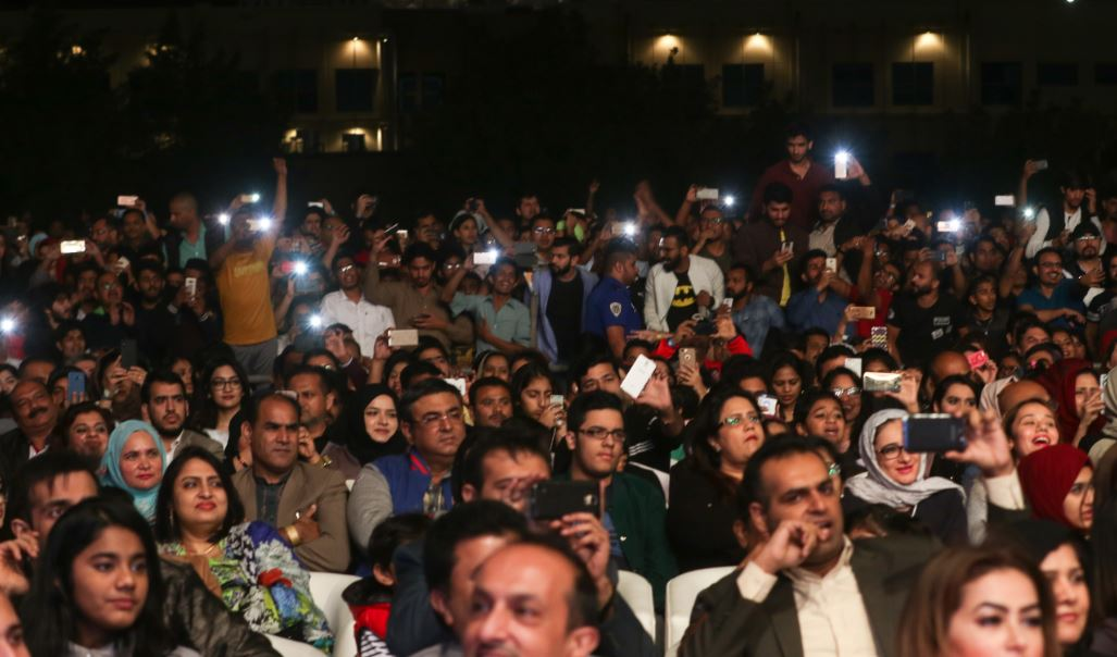Celebs: PICTURES: Atif Aslam thrills Bahrain music lovers