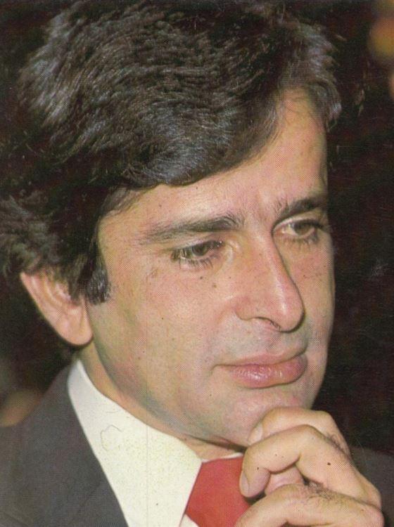 Bollywood: Rare Photos and anecdotes: Celebrating the life of the charming Shashi Kapoor