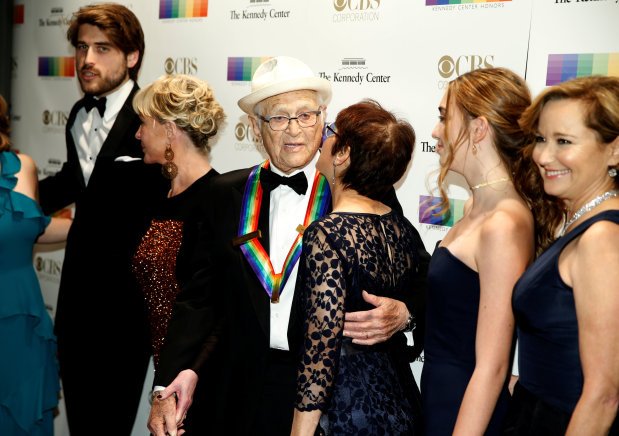 Hollywood: In Pictures: 2017 Kennedy Center Honours recognise artists, skip drama