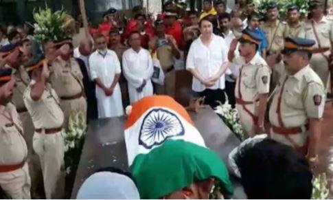 Bollywood: Photos: Amitabh Bachchan, SRK, Saif, Ranbir at Shashi Kapoor's funeral