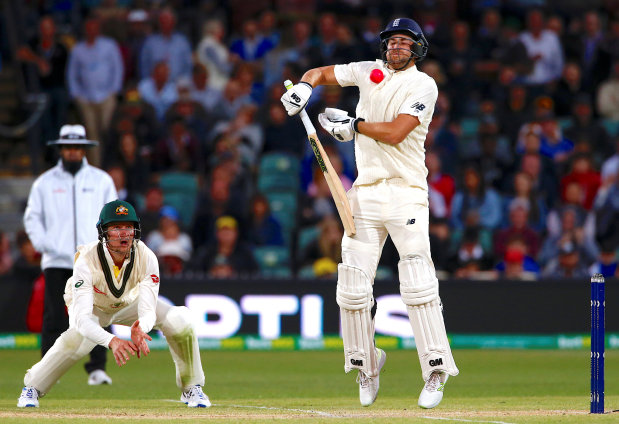 Anderson, Root give England hope in Adelaide