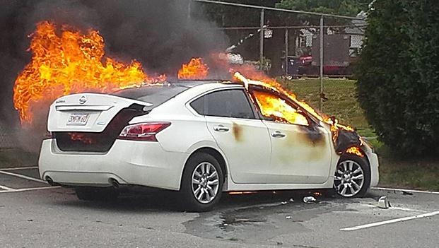 Car catches fire in Gudaibiya