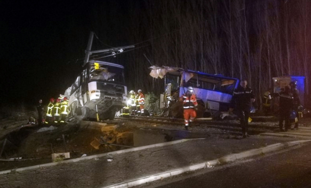 Four children killed in bus-train collision in southern France