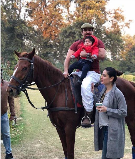 Karisma Kapoor posts adorable family picture