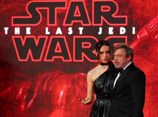 'Star Wars: The Last Jedi' still dominating the movie galaxy
