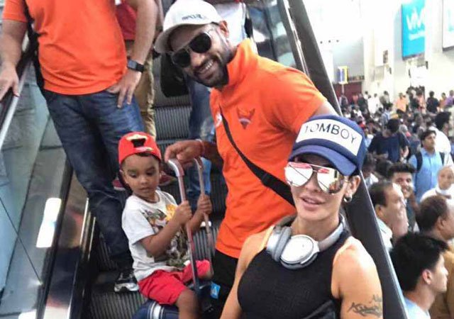 Emirates issues clarification on Dhawan's family mistreatment allegations