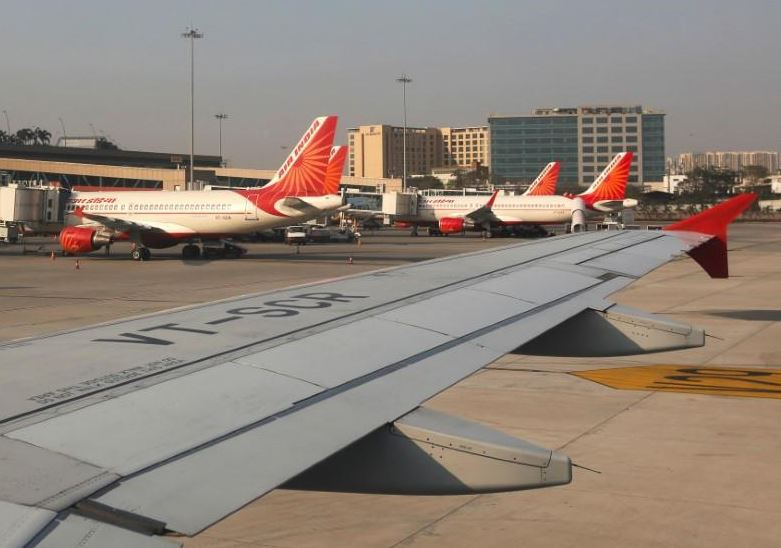 Indian arrested for enquiring about 'Bom-Del' flight status