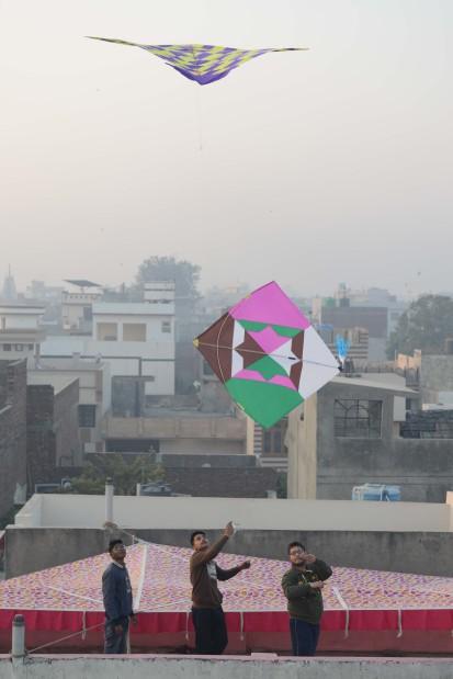 India: Kite strings slit throats, kill two in Gujarat