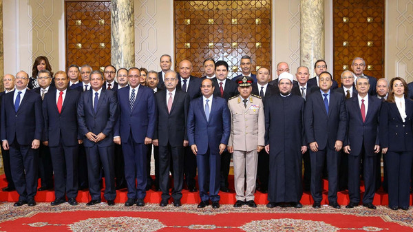 Egypt approves cabinet reshuffle ahead of elections