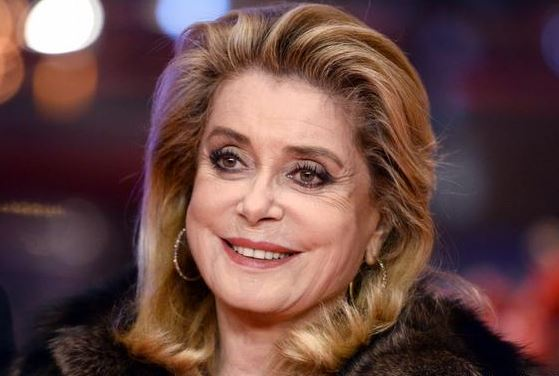French film star Catherine Deneuve apologises to sex assault victims
