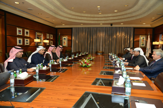 25km King Hamad Causeway plans discussed at Riyadh meeting