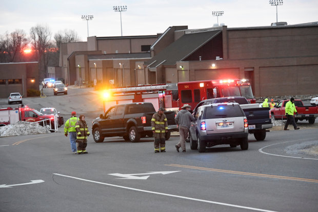 Kentucky school shooting leaves two students dead