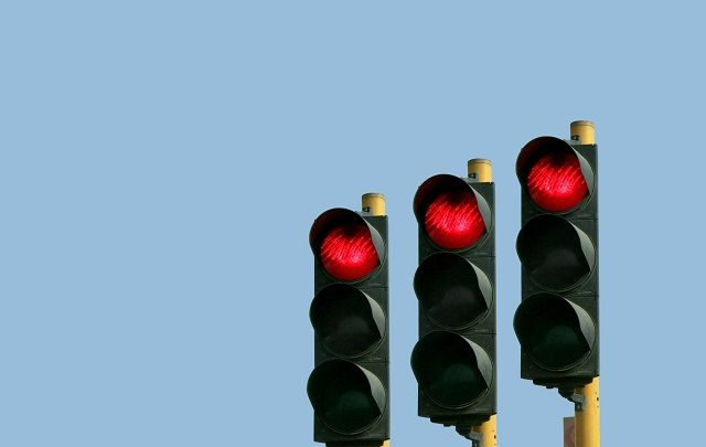 More than 300,000 drivers jumped traffic lights in 2017