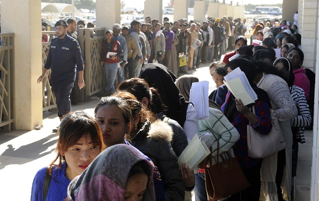 14,000 illegal expats benefit from Kuwait amnesty