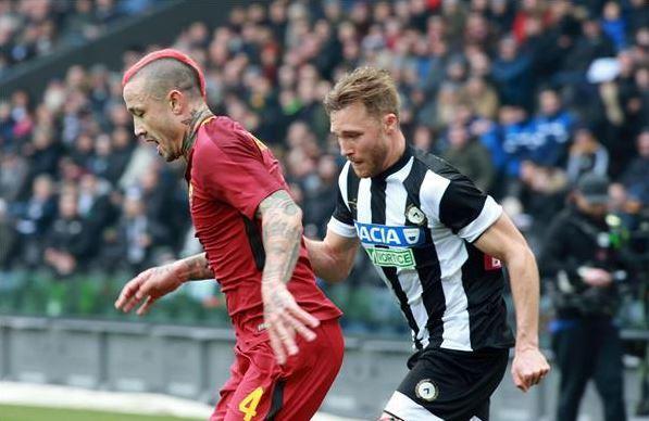 Serie A: AS Roma go third as Inter sink again in Genoa