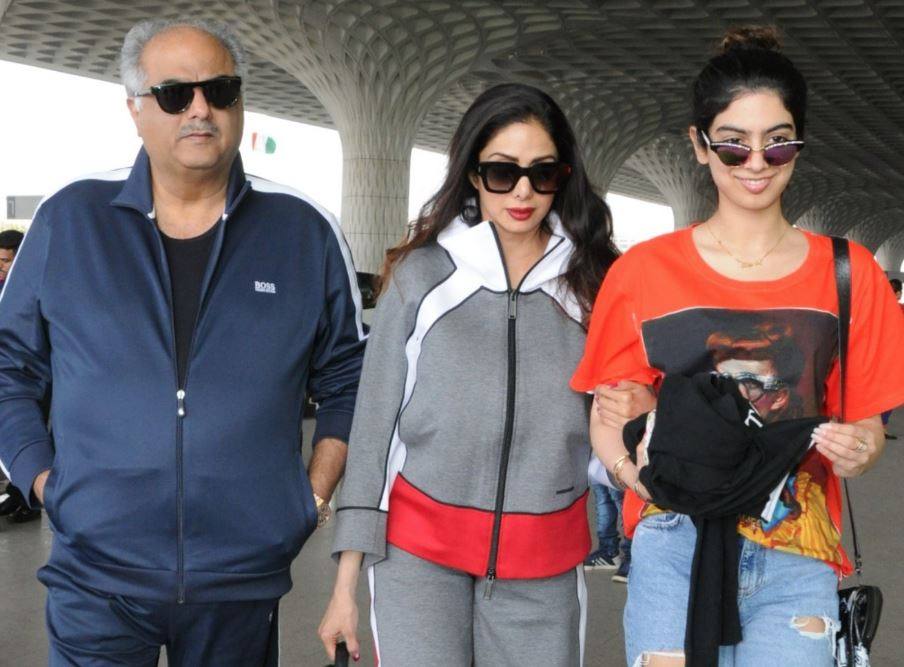 PHOTOS: Sridevi, Boney Kapoor and daughter Khushi spotted at airport
